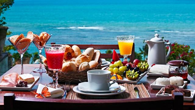 Café da Manhã na Praia