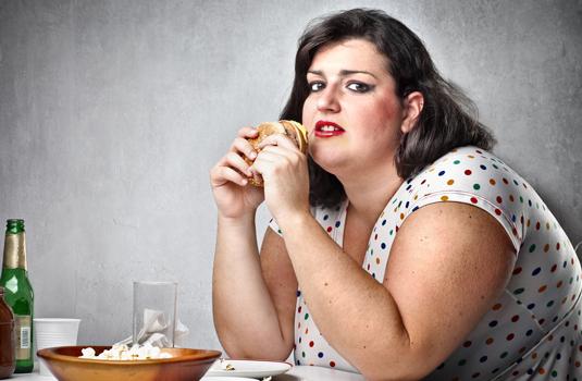 Gorda comendo