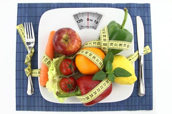 Balança com Alimentos Saudáveis