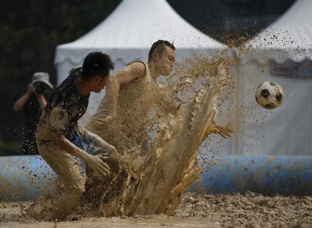 Futebol na Lama (2)