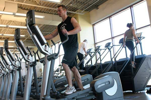 aparelhos de academia aerobicos