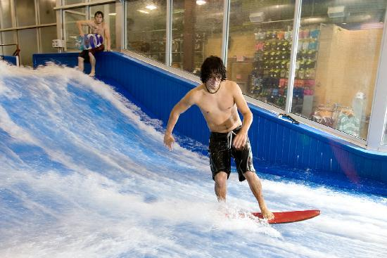 indoor-surfing