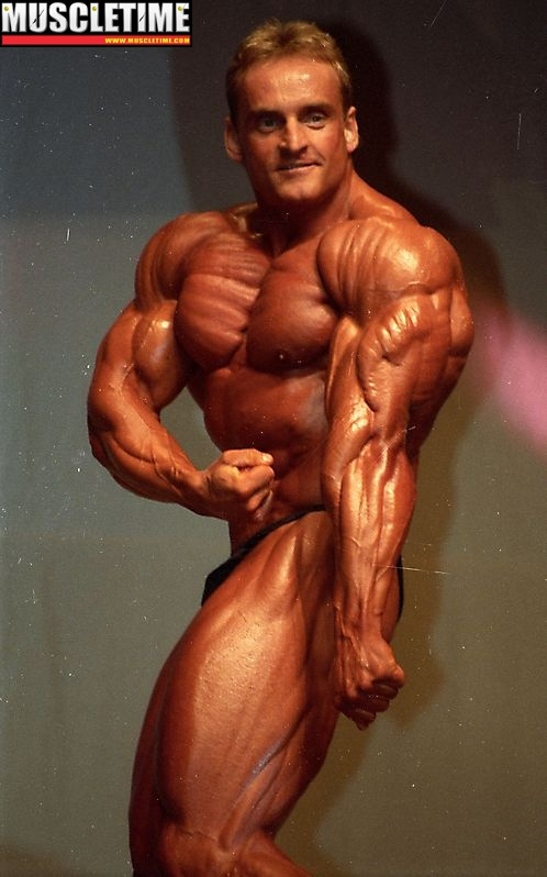do pro bodybuilders cycle off steroids