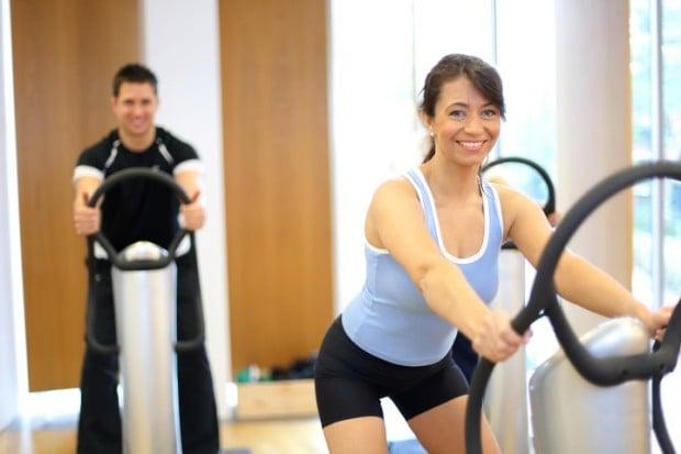 Ejercicios para adelgazar barriga con plataforma vibratoria