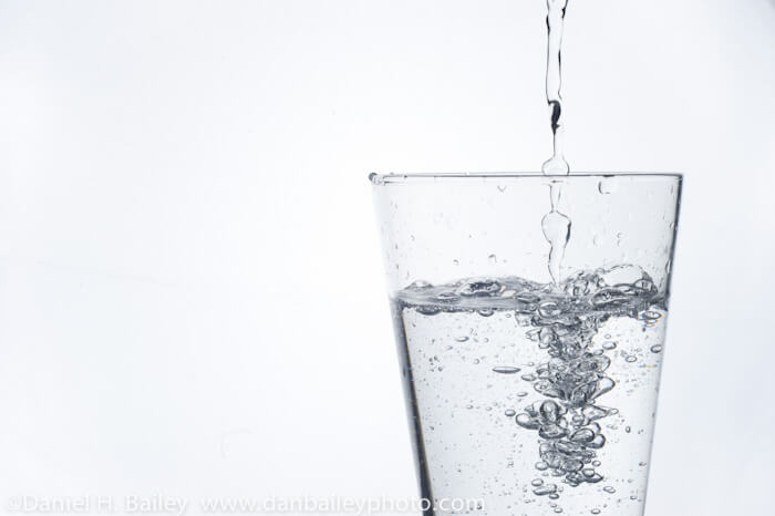 Como tomar agua alcalina para bajar de peso