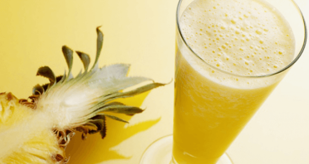 Suco de abacaxi