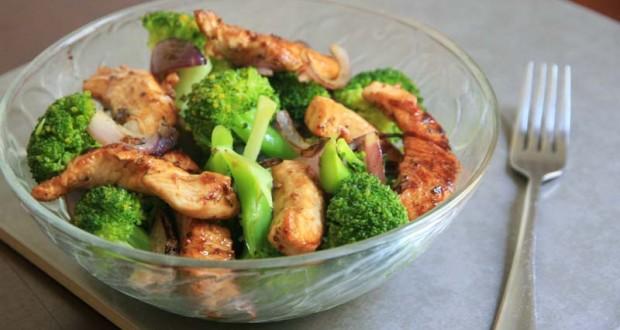 Frango com brócolis