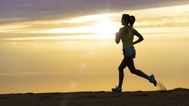 6 Exercícios para Fazer ao Ar Livre no Verão e Seus Benefícios