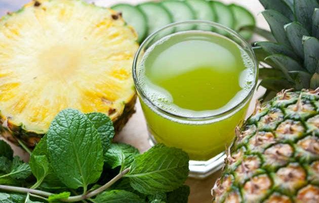 Água de abacaxi com pepino