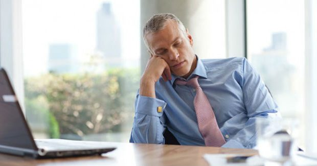 Homem cansado