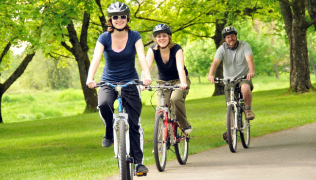 Andando de bicicleta