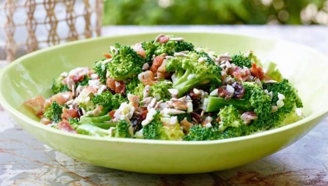 Salada de brócolis
