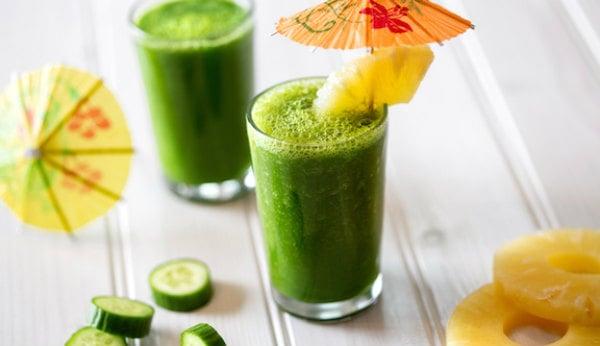Suco de abacaxi com pepino