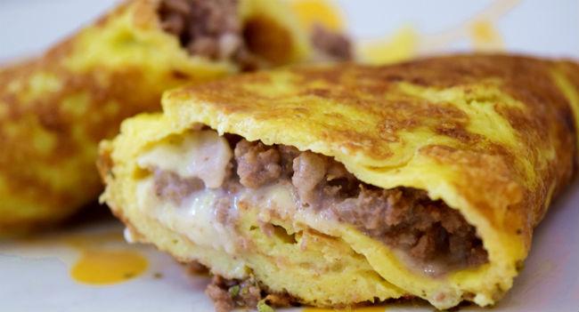 Omelete de carne moída