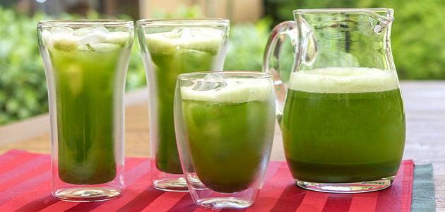 Suco com chá verde