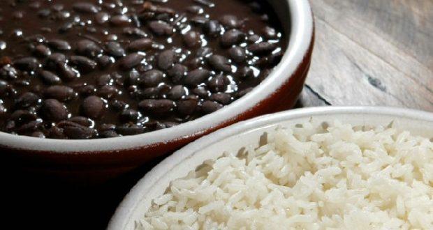 Resultado de imagem para arroz com feijão