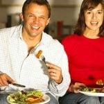 Fazer Refeições em Família com a TV Desligada Diminui o Risco de Obesidade