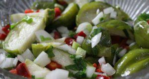 Salada de jiló cru