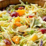 6 Receitas de Salada de Repolho com Frutas Light