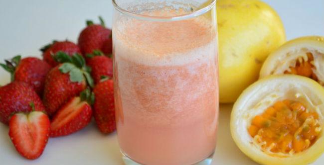 Suco maracujá com morango