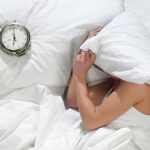 Poucas Horas de Sono por Noite Refletem na sua Barriga, Diz Estudo