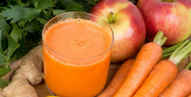 Suco de cenoura com maçã