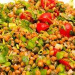 Salada de trigo em grãos