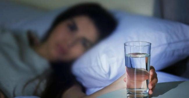 Beber água de noite