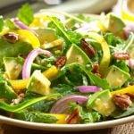 Adicione Este Ingrediente à Salada e Torne-a Instantaneamente Saudável
