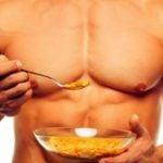 4 Alimentos que Especialistas Recomendam para Construir Músculos