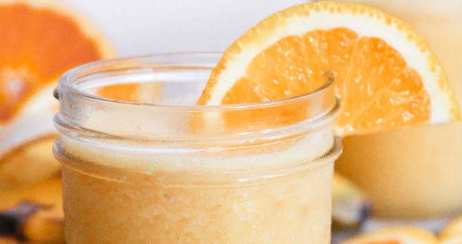 Suco de laranja com leite
