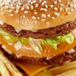 Dieta Ocidental é Tão Não Saudável que o Corpo a Recebe Como uma Infecção Perigosa