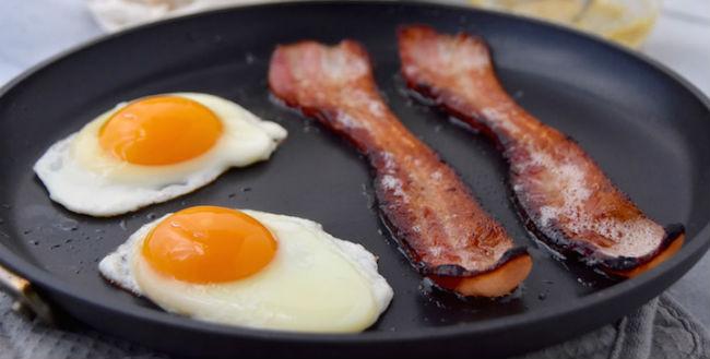 Ovos e bacon