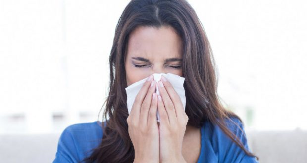 Segurar espirro
