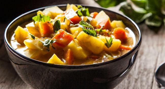Sopa de batata com cenoura