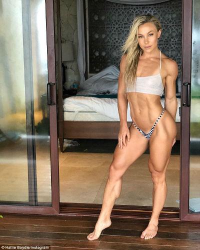Modelo que sufría de anorexia y pesaba 26 kg cuenta cómo se recuperó 6
