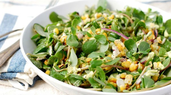 Salada com beldroega