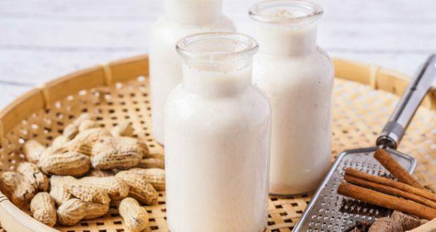 Resultado de imagem para leite de amendoim é bom para que?