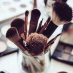 Maquiagem Dá Espinha? Tipos e Dicas
