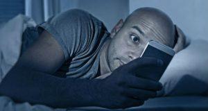 Smartphone à noite