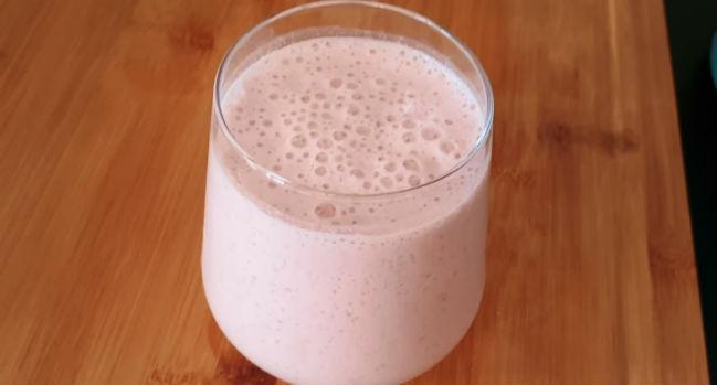 Shake proteico de morango