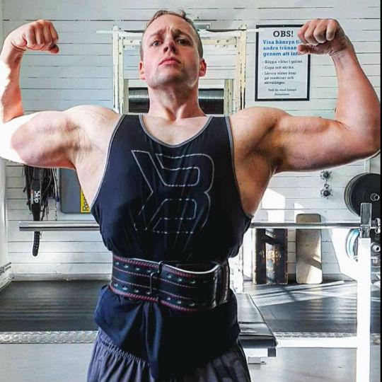 Este chico perdió 81,6 kg aprendiendo a comer y hacer ejercicio de forma más inteligente 2