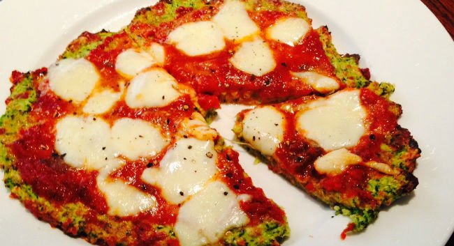 Pizza de abobrinha low carb