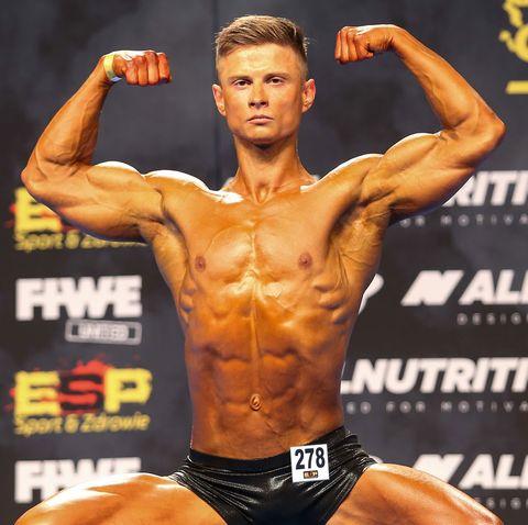 kurowski2 Após Anos de Maus Hábitos, Ele Mudou a Dieta, Perdeu 27 kg e Virou Fisiculturista