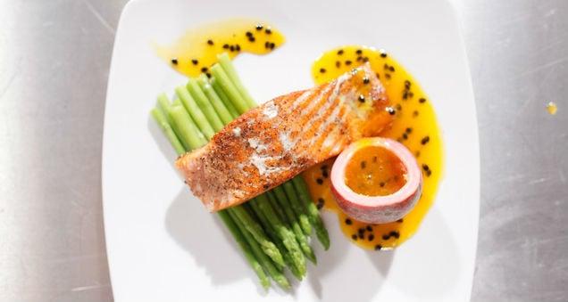 Molho de maracujá para salmão