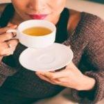 Quer um Cérebro Mais Eficiente e Organizado? Experimente Beber Chá!