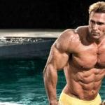 """Tetracampeão do Mr. Universe Compartilha Como Está Seu Corpo aos 51 Anos: """"A Importância da Consistência"""""""