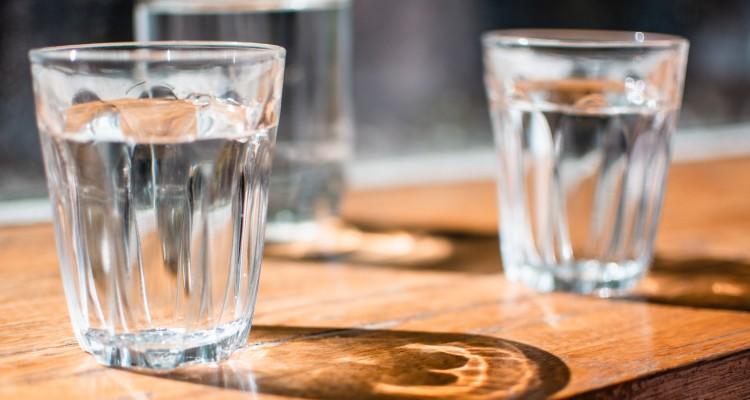 agua Água Quebra Jejum? Em Jejum Pode Beber Água Afinal?