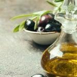 Pesquisa Afirma que Consumir Azeite Todo Dia Reduz em 15% Risco de Doenças Cardíacas