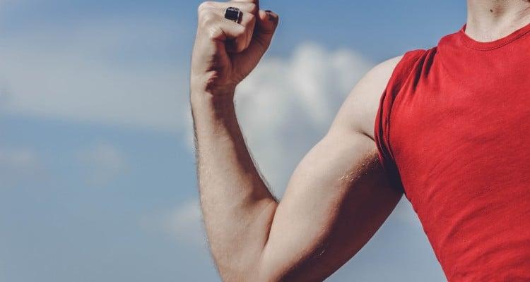 braco-magro Como Emagrecer o Braço Rapidamente? 5 Dicas Comprovadas